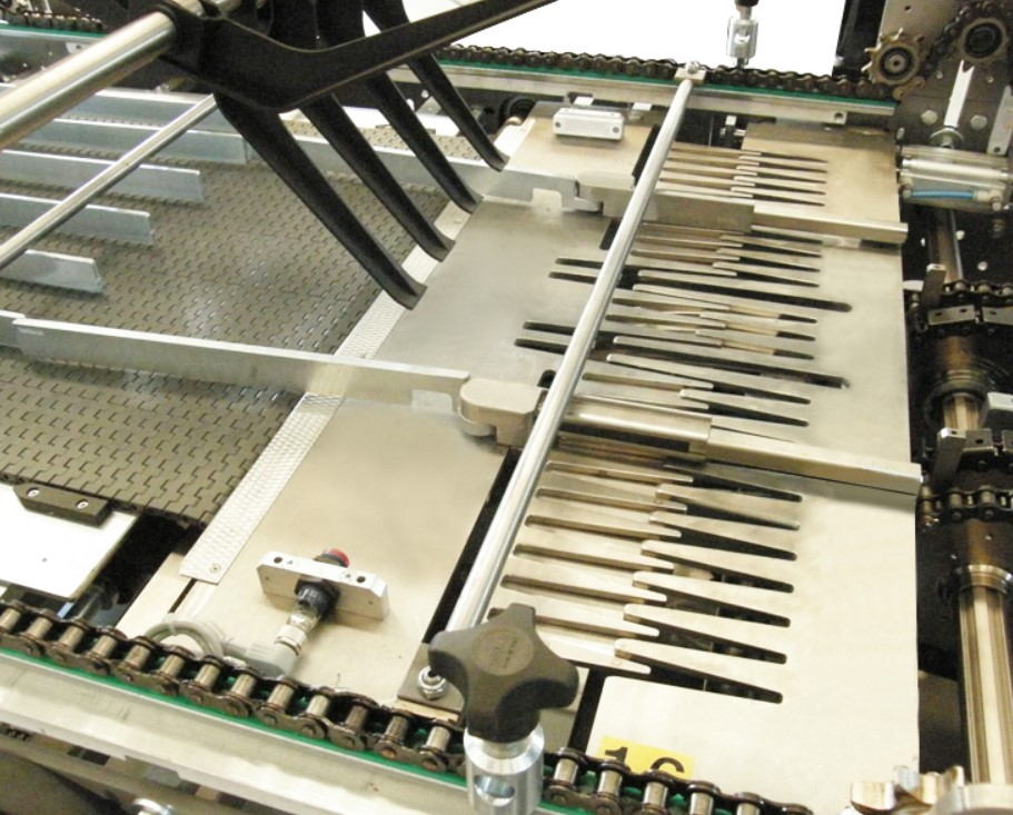 Retractable Collating Plate