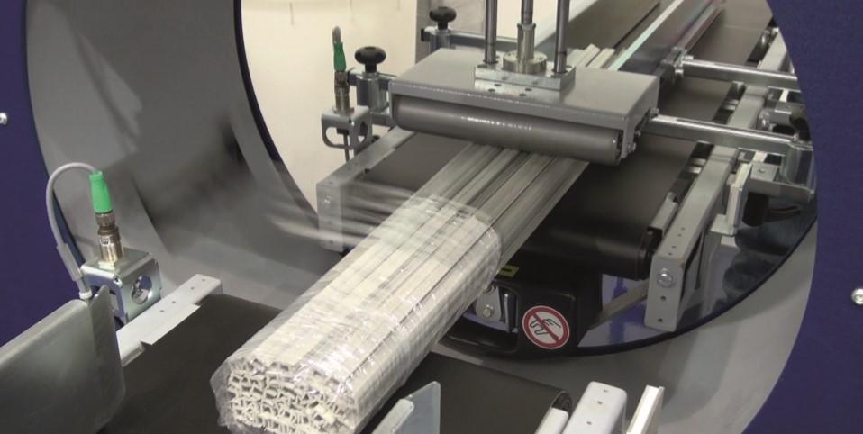 Compacta SPR horizontal semi automatic stretch wrapper Robopac USA